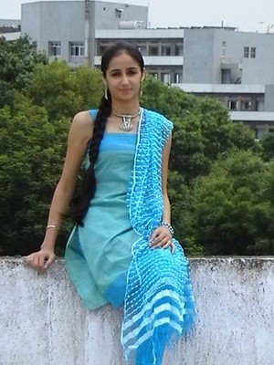 http://www.unp.co.in/attachments/f8/7617d1262017546-a-punjabi-girl-111.jpg