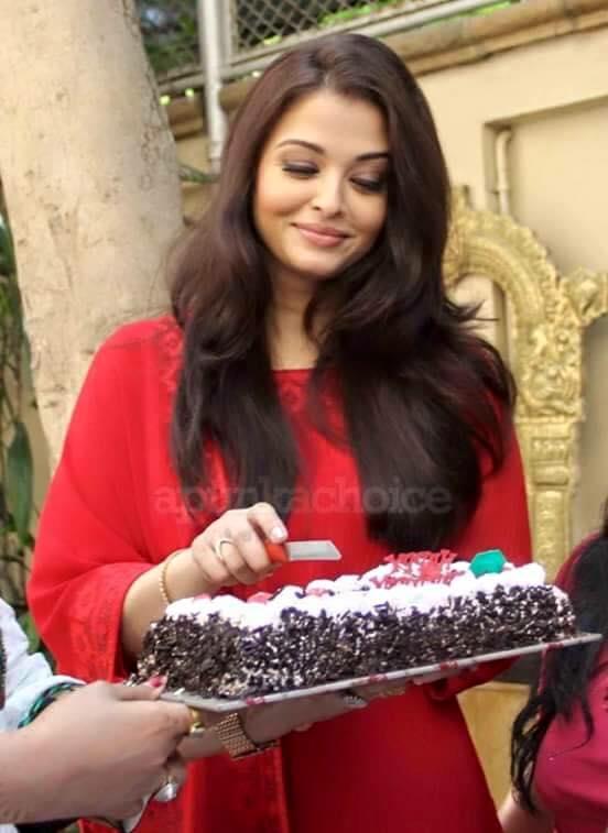 Aishwarya Rai Birthday Cake