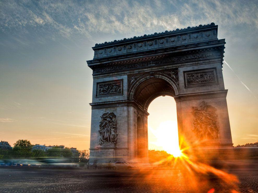 Name:  Arc de Triomphe Sunset, Paris.jpg Views: 68 Size:  99.5 KB