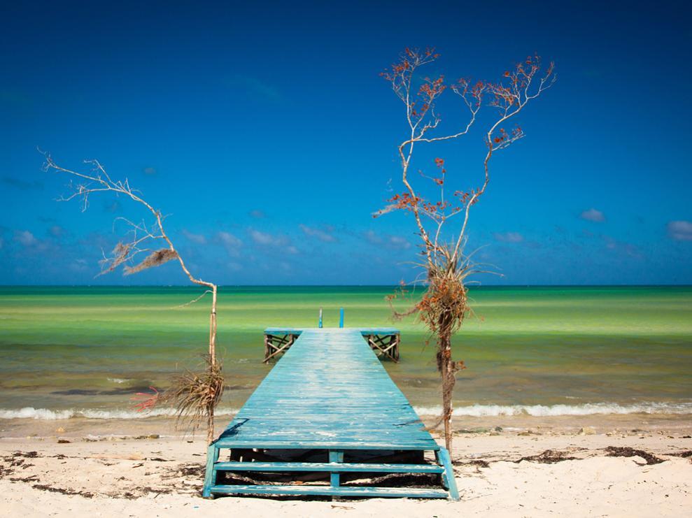 Name:  beach-dock-cuba_54808_990x742.jpg Views: 79 Size:  84.1 KB