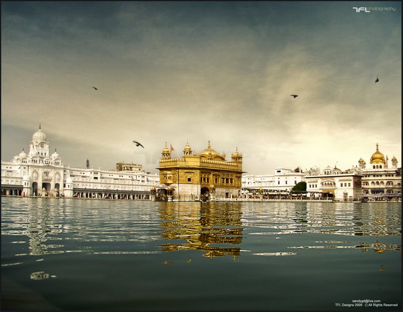 Name:  Golden_Temple__Amritsar__India_by_sundeep715.jpg