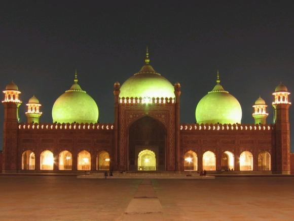 Badshahi Masjid By Night, Lahore
