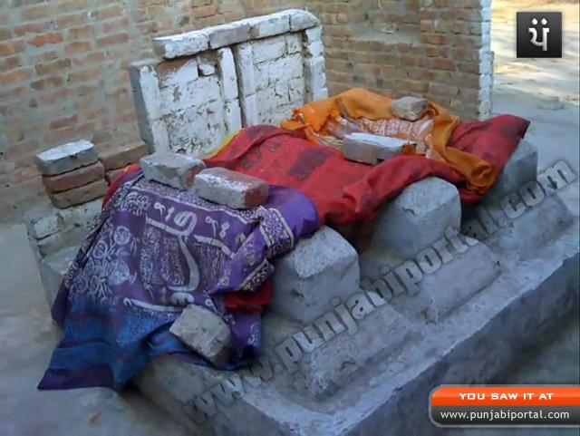 Name:  mirza-sahiba-grave-danabad.jpg Views: 11141 Size:  110.1 KB