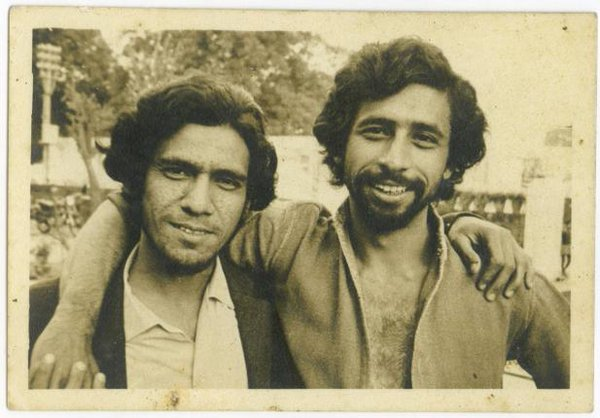 Name:  Om Puri and Naseeruddin Shah.jpg