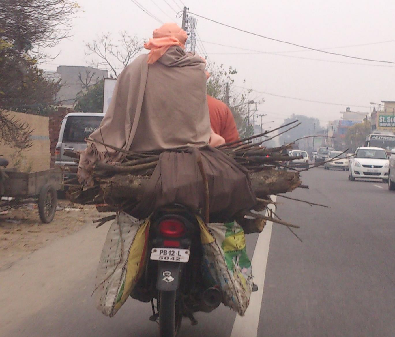 Name:  Saadh on Bike.jpg Views: 96 Size:  137.9 KB