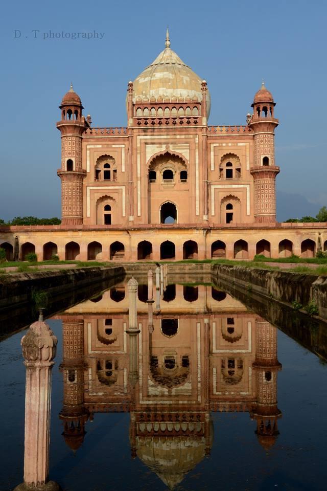 Name:  Safdarjung tomb Monument on Lodhi Road (Delhi).jpg Views: 350 Size:  77.8 KB