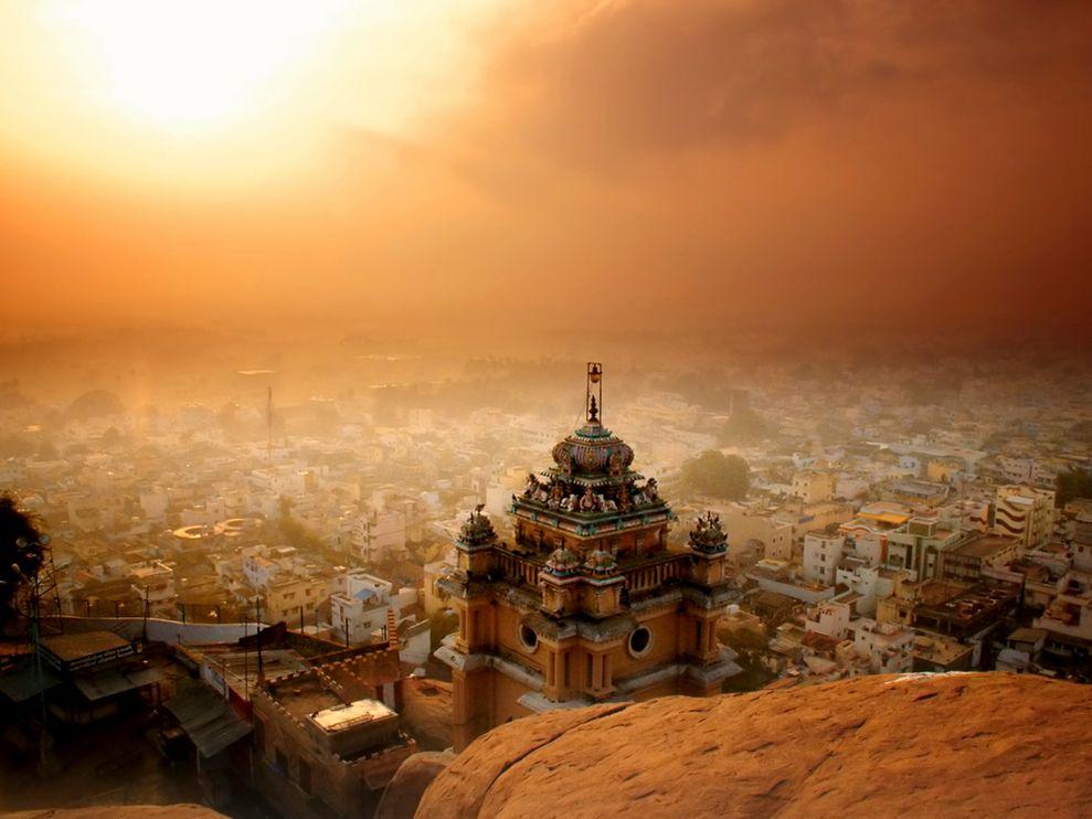 Name:  sunrise-india-lazar_3761_990x742.jpg Views: 55 Size:  83.4 KB